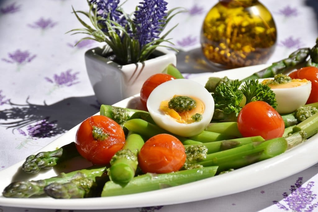 Asparagus and Gout: Is Asparagus Safe to Eat With Gout?
